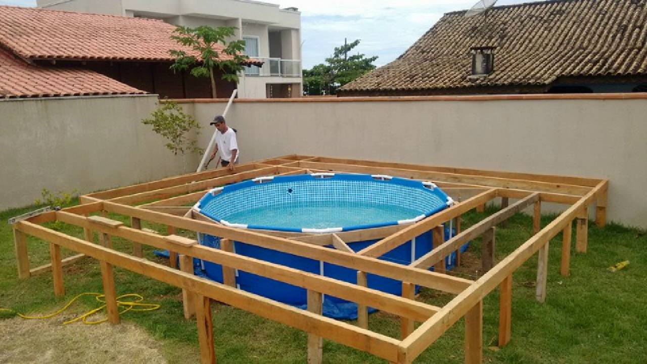 Simple Swimming Pool For Family