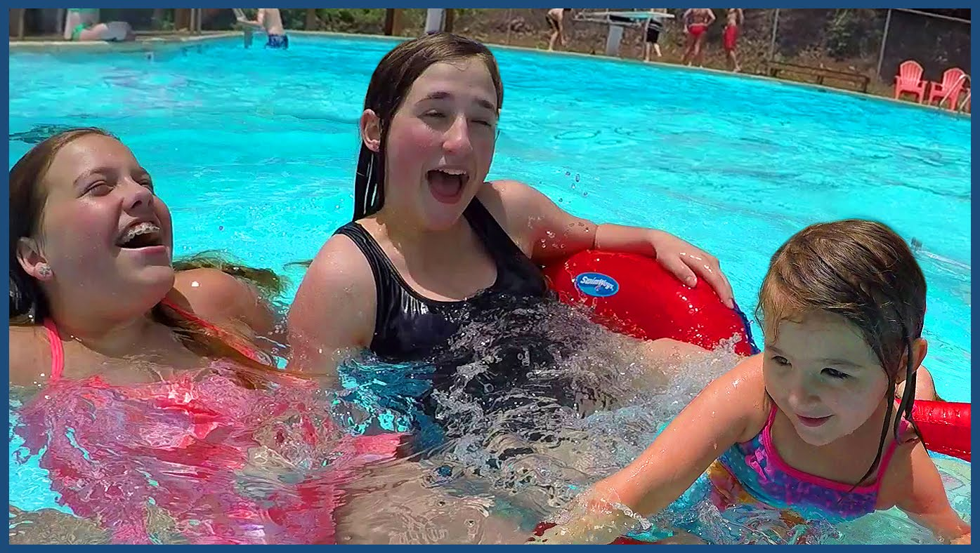 Kids Prank Dad – Girls Swim in The Swimming Pool – Family Fun